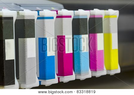 Large format ink jet printer cartridge