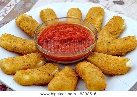 Mozarella Sticks with Marinera Sauce