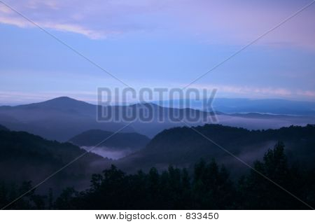 blue mtns  fog