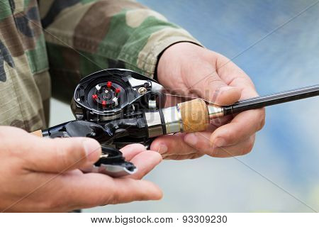 Device The Multiplier Fishing Reel