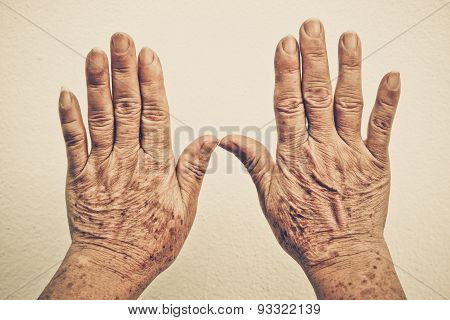 hands of old female