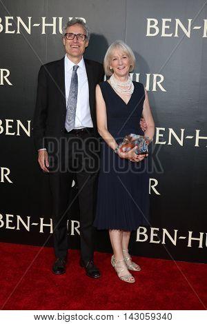 LOS ANGELES - AUG 16:  Rick Hamlin, Carol Wallace at the
