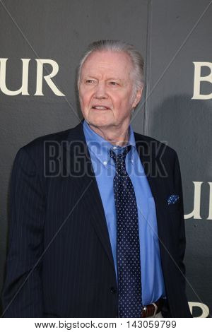 LOS ANGELES - AUG 16:  Jon Voight at the