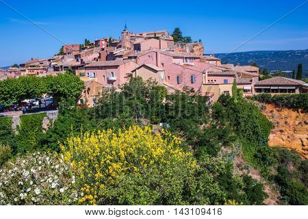 Roussillon, Red village of Provence. Picturesque pit of production of ochre - natural paint