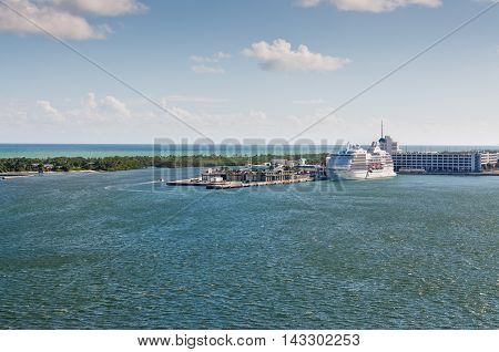 Fort Lauderdale FL USA - November 28 2011: Cruise ship waiting tourists in the Port Everglades (Midport) Florida warm autumn day at November 28 2011.