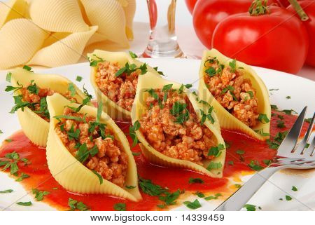 Pasta shells stuffed with meat