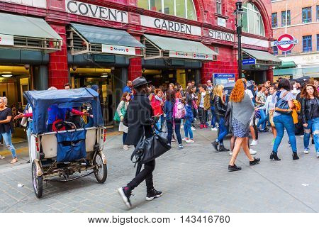 Street Scene At Covent Garden, London, Uk