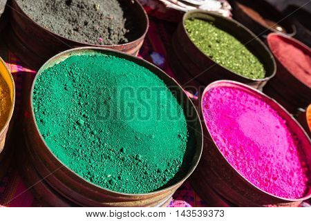 Colorful Dyes From Natural Minerals