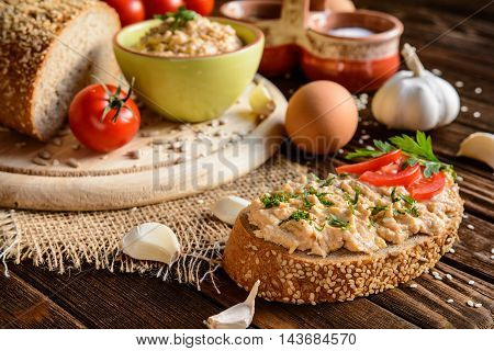 Spread With Chicken Meat, Eggs, Mustard, Garlic And Pepper