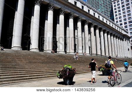 New York City - Ajugust 19 2011: The main United States Post office headquarters with its row of massive Corinthian columns on Eighth Avenue at West 32nd Street