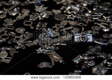 Black Felt Display Jewelry Figurine Trinkets Metal Camera
