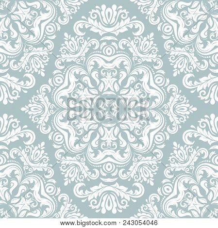 Classic Seamless Vector Pattern. Damask Orient Ornament. Classic Vintage Light Blue And White Backgr