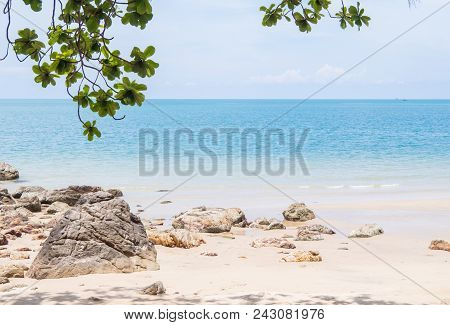 Blue Sea,white Sand, Blue Sky, Hin Ngam Beach,nakhon Si Thammarat,thailand