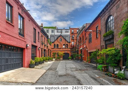 Grace Court Alley In Brooklyn Heights, Brooklyn. It Was A Lane That Originally Held Stables Serving