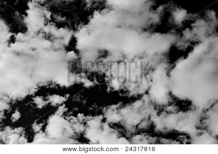 Photo of dramatic sky in bw whit coulds