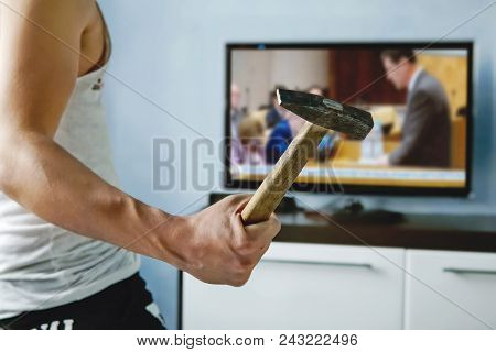 A Psychopath Wants To Crash The Tv With A Hammer. Fake News Report. Man Breaks Tv Screen. Fatigue Fr