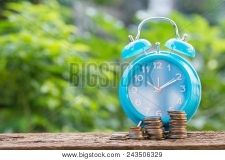Time Of Saving Value Money : Coin Calculator And Clock, Idea Of Value To Finance And Saving Money.