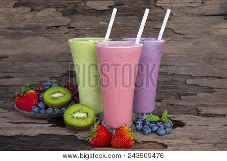 Strawberry,blueberry And Kiwi Smoothies Juice Beverage Healthy The Taste Yummy In Glass Drink Episod