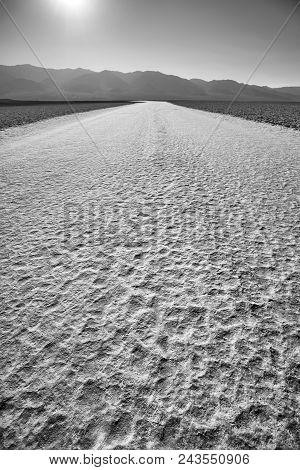 Badwater Basin, The Lowest Point In North America With A Depth Of 282 Ft (86 M) Below Sea Level, Dea