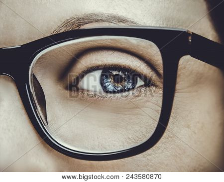 Beautiful Young Woman Wearing Glasses. Close-up Shot  Beautiful Young Woman Wearing Glasses. Close-u