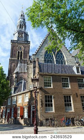 Old Church Oude Kerk - The Oldest Building And Oldest Parish Church, Founded In 1213, Amsterdam, Net