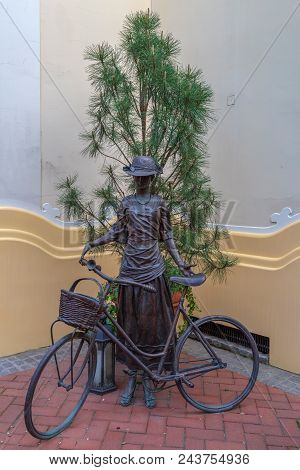 Subotica / Voivodina, Serbia - April 28, 2018: Bronze Statue With A Woman From The Beginning Of The