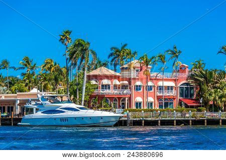 A Nice Luxury Yacht At Coastal Mansion In The Intracoastal Waterway In Fort Lauderdale Florida