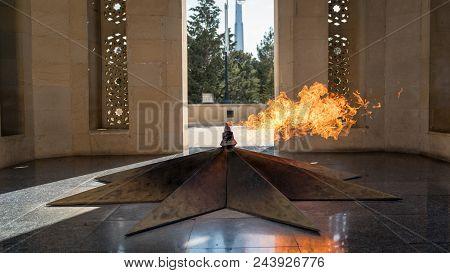 Shahidlar Monument Or Eternal Flame Monument In Baku, Azerbaijan