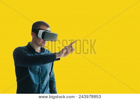 The Man In The Glasses Of Virtual Reality. The Concept Of Modern Technologies And Technologies Of Th