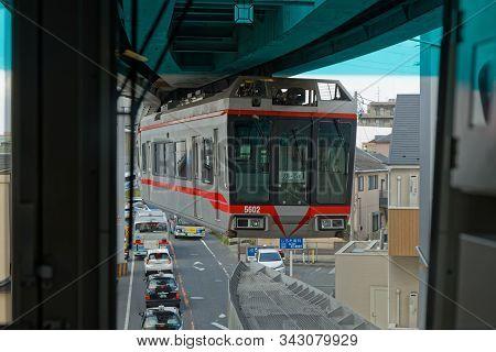 Kamakura, Japan, May 13, 2019 : Shonan Monorail Over The Traffic Jam Between Ofuna Station And Enosh