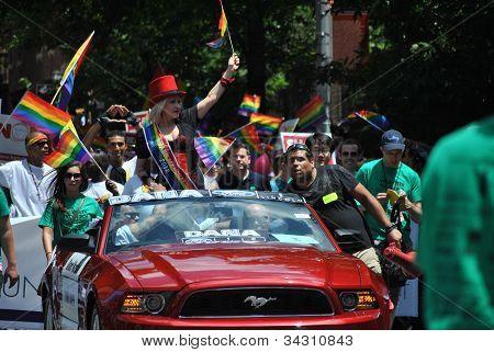 cyndi lauper at gay pride march