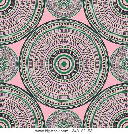 Persian Vintage Motifs Seamless Pattern. Circle Medallion Mandala Abstract Flowers. Fabric Print Tem