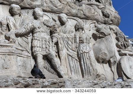 Thessaloniki, Greece - September 22, 2019: Ancient Roman Arch Of Galerius In The Center Of City Of T