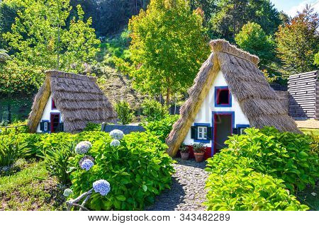 Santana, Madeira, Portugal - Sep 24, 2019: Traditional Madeiran Houses With Straw Roofs In The Madei