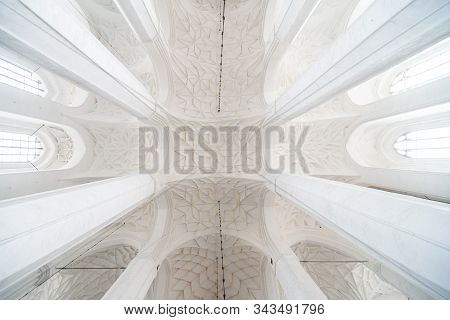 Gdansk, Poland - Juny, 2019. Famous Cities In Poland - Gdansk - Danzig. White Gothic Vault In Cathed