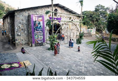 San Marcos La Laguna, Lago De Atitlan, Guatemala - 30 March 2018: Local People With Traditional Dres