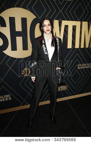 LOS ANGELES - JAN 4:  Emily Hampshire at the Showtime Golden Globe Nominees Celebration at the Sunset Tower Hotel on January 4, 2020 in West Hollywood, CA