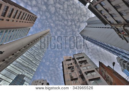 5 Jan 2020 A Residential Buildings At Mid Level Hk