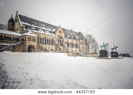 Imperial Palace in Goslar with snow in winter poster