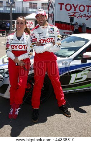 LOS ANGELES - APR 9:  Kate del Castillo, Jesse Metcalfe at the Toyota ProCeleb Race Press Day 2013 at the Toyoto Grand Prix Circuit on April 9, 2013 in Long Beach, CA