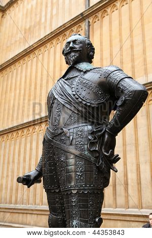 Statue of the Earl of Pembroke a Chancellor of the University in the 1600s at the Bodleian Library in Oxford England. This statue was created more than 300 years ago no property release required. poster