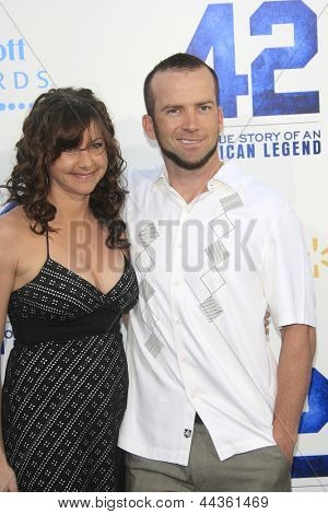 LOS ANGELES - APR 9: Lucas Black, wife Maggie O'Brien at the Los Angeles Premiere of '42' at TCL Chinese Theater on April 9, 2013 in Los Angeles, California