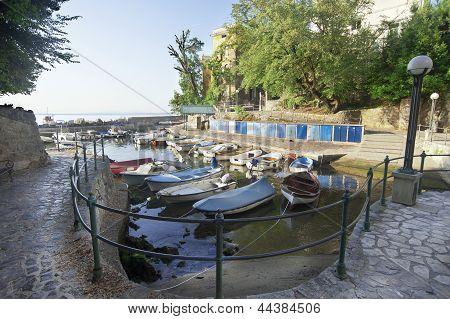 Adriatic fishing port, scenic view