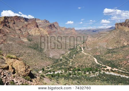 Arizona Valley