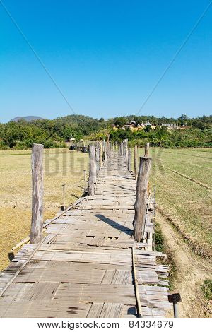 Su Tong Pae Bamboo Bridge
