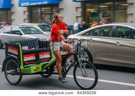 San Francisco, Us - Sept 19, 2010: Unidentified Young Female Trishaw Driver On Downtown Street In Sa