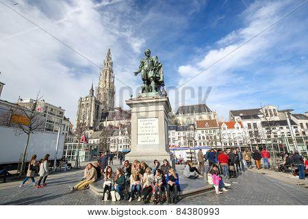 Groenplaats In Antwerp, Belgium