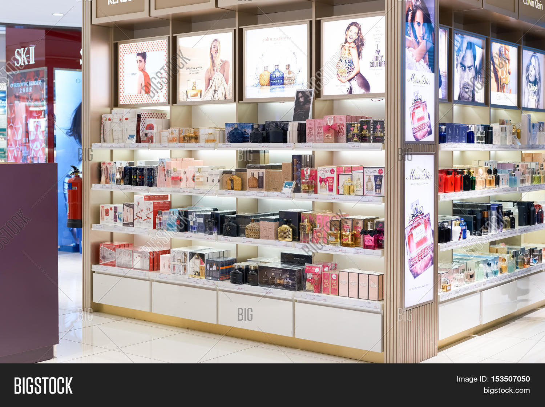 Что купить в сингапуре из косметики инглот косметика купить оптом