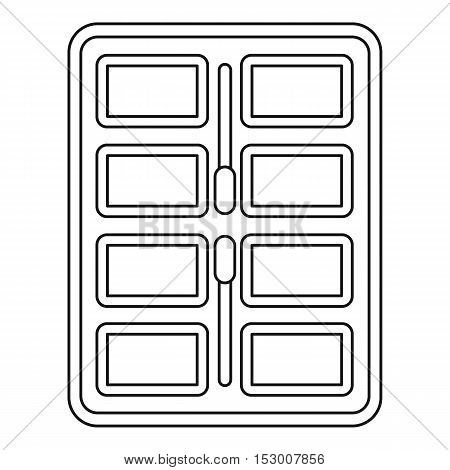 Makeup palette with applicators icon. Outline illustration of palette with applicators vector icon for web