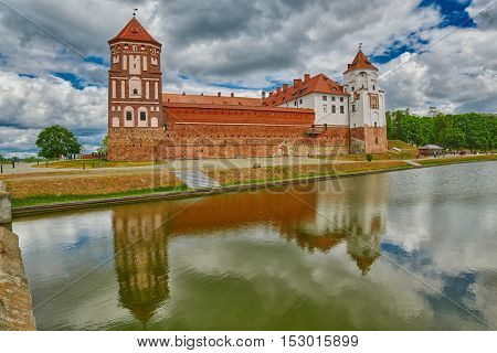 Gorgeous Mir (Mirskiy) Lake Castle in Belarus